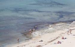 Άνθρωποι Arenal στην παραλία στη Μαγιόρκα Στοκ εικόνα με δικαίωμα ελεύθερης χρήσης
