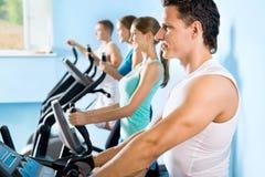 Άνθρωποι treadmill Ικανότητα Στοκ Εικόνες