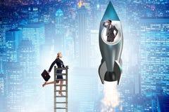 Άνιση έννοια ευκαιριών σταδιοδρομίας για τους άνδρες και τις γυναίκες στοκ φωτογραφίες