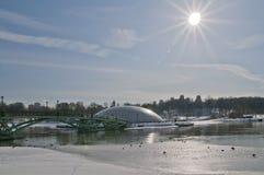 άνοιξη πάρκων πρωινού Στοκ εικόνες με δικαίωμα ελεύθερης χρήσης