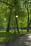 άνοιξη πάρκων πόλεων Στοκ φωτογραφία με δικαίωμα ελεύθερης χρήσης