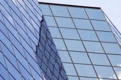 άνοδος ανώτερων αξιωμάτων οικοδόμησης Στοκ φωτογραφίες με δικαίωμα ελεύθερης χρήσης