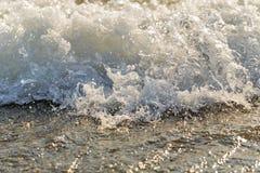 άντεξε παλιρροιακό μαύρη κυματωγή Ουκρανία θάλασσας της Κριμαίας ακτών Διακοπές εν πλω Στοκ φωτογραφίες με δικαίωμα ελεύθερης χρήσης