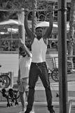 Άνδρας που γίνεται νεαρός workout Στοκ φωτογραφία με δικαίωμα ελεύθερης χρήσης