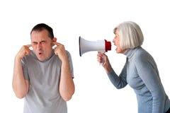 Άνδρας που φωνάζεται από την ανώτερη γυναίκα στοκ φωτογραφίες με δικαίωμα ελεύθερης χρήσης