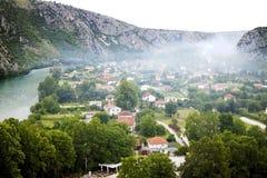 Άποψη άνωθεν σχετικά με μικρού χωριού Pocitelj, Βοσνία-Ger Στοκ Εικόνες