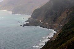 Άποψη άνωθεν της εθνικής οδού 1, μεγάλο Sur, Καλιφόρνια στοκ φωτογραφίες