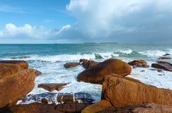 Άποψη ακτών Ploumanach (Βρετάνη, Γαλλία) Στοκ εικόνες με δικαίωμα ελεύθερης χρήσης