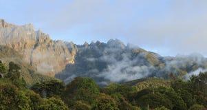 Άποψη ανατολής του υποστηρίγματος Kinabalu σε Sabah, Μπόρνεο Στοκ εικόνες με δικαίωμα ελεύθερης χρήσης