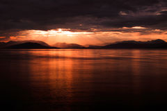 Άποψη ανόδου ήλιων στην ακτή της Αλβανίας Στοκ Φωτογραφία