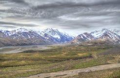 Άποψη απότομων βράχων του βουνού Στοκ Εικόνες