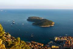 Άποψη από την κορυφή του βουνού Srdj στο νησί Lokrum σε Dubrovnik, Κροατία Στοκ φωτογραφία με δικαίωμα ελεύθερης χρήσης