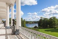 Άποψη από τη στοά του Cameron στο πάρκο της Catherine σε Tsarskoe Selo Στοκ Εικόνα