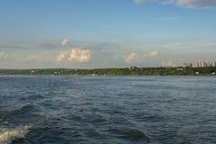 Άποψη από τον ποταμό του Βόλγα στην πόλη της Samara στοκ φωτογραφία με δικαίωμα ελεύθερης χρήσης