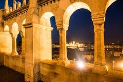 Άποψη από τον προμαχώνα archs στη Βουδαπέστη Στοκ Εικόνες