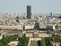 Άποψη από τον πύργο του Άιφελ στον πύργο Montparnasse Στοκ Εικόνες
