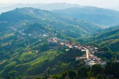 Άποψη από το βουνό σε Doi Mae Sa μακρύ Στοκ εικόνα με δικαίωμα ελεύθερης χρήσης