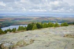 Άποψη από το εθνικό πάρκο Acadia βουνών Cadillac το φθινόπωρο Στοκ Φωτογραφίες