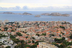 Άποψη από το Λα Garde της Notre Dame de στη γαλλική Μεσόγειο, Μασσαλία Στοκ Φωτογραφία