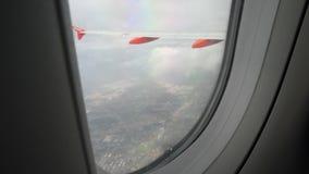 Άποψη από το παράθυρο αεροπλάνων στα εδάφη της Ιταλίας απόθεμα βίντεο