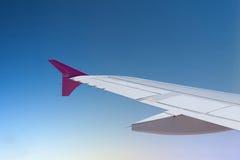 Άποψη από το παράθυρο αεροπλάνων Στοκ φωτογραφία με δικαίωμα ελεύθερης χρήσης