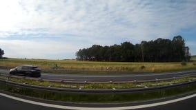 Άποψη από το παράθυρο λεωφορείων στα γερμανικά τοπία φιλμ μικρού μήκους