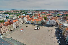 Άποψη από το ST Bartholomew&#x27 πύργος καθεδρικών ναών του s Plzen cesky τσεχική πόλης όψη δημοκρατιών krumlov μεσαιωνική παλαιά Στοκ φωτογραφία με δικαίωμα ελεύθερης χρήσης