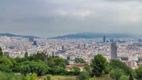 Άποψη από Montjuic κατά τη διάρκεια του ομιχλώδους πρωινού της Βαρκελώνης timelapse, Καταλωνία, Ισπανία απόθεμα βίντεο