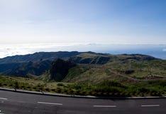 Άποψη από Pico do Arieiro πέρα από τα σύννεφα στη Μαδέρα Στοκ Φωτογραφίες