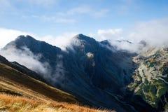 Άποψη από Volovec στις αιχμές βουνών Tatra Στοκ Φωτογραφία