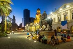 Άποψη βραδιού Plaza de Armas Χιλή Σαντιάγο Στοκ Φωτογραφία