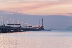 Άποψη γεφυρών Penang από την ακτή της πόλης Penang, Μαλαισία του George Στοκ Εικόνες
