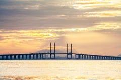 Άποψη γεφυρών Penang από την ακτή Στοκ εικόνα με δικαίωμα ελεύθερης χρήσης