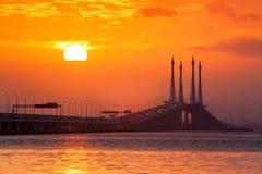 Άποψη γεφυρών Penang από την ακτή Στοκ φωτογραφίες με δικαίωμα ελεύθερης χρήσης