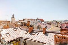 Άποψη εικονικής παράστασης πόλης σχετικά με την παλαιά κωμόπολη της πόλης Lviv, Ουκρανία στοκ φωτογραφία