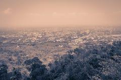 Άποψη εικονικής παράστασης πόλης της Mai Chiang από την άποψη λόφων Doi Suthep Εσείς γ Στοκ φωτογραφία με δικαίωμα ελεύθερης χρήσης