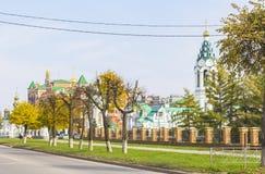 Άποψη εικονικής παράστασης πόλης υποβάθρου της Ορθόδοξης Εκκλησίας στο κέντρο Yoshkar-Ola Στοκ Εικόνα