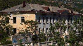 Άποψη ενός παλαιού κτηρίου απόθεμα βίντεο