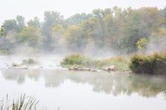 Άποψη ενός misty ποταμού Lodosa Στοκ φωτογραφίες με δικαίωμα ελεύθερης χρήσης