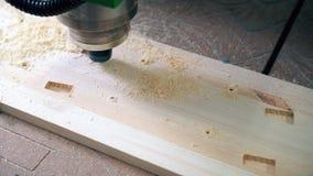 Άποψη εξοπλισμού άλεσης εργασίας ξύλινη απόθεμα βίντεο