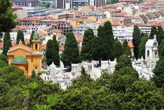 Άποψη επάνω στα cimeteries της Νίκαιας Castle, Γαλλία Στοκ εικόνα με δικαίωμα ελεύθερης χρήσης
