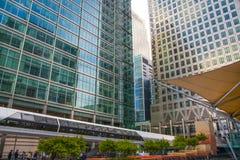 Άποψη επιχειρησιακών κέντρων Canary Wharf, Λονδίνο Στοκ φωτογραφίες με δικαίωμα ελεύθερης χρήσης