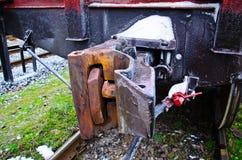 Άποψη λεπτομέρειας σχετικά με έναν συζευκτήρα τραίνων φορτίου Στοκ εικόνες με δικαίωμα ελεύθερης χρήσης