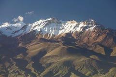 Άποψη λεπτομέρειας του ηφαιστείου Chachani κοντά στην πόλη Arequipa στο Περού Στοκ φωτογραφία με δικαίωμα ελεύθερης χρήσης