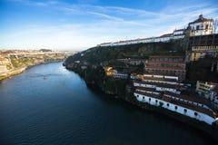 Άποψη δευτερεύουσα Villa Nova de Gaia στον ποταμό Douro, Πόρτο Στοκ εικόνες με δικαίωμα ελεύθερης χρήσης