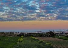 Άποψη ηλιοβασιλέματος της της Μάλτα επαρχίας από τους τοίχους Mdina, Μάλτα, Ευρώπη στοκ εικόνες