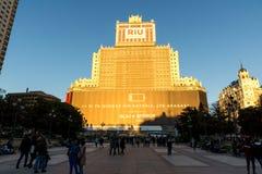 Άποψη ηλιοβασιλέματος της πλατείας και του edificio Espana της Ισπανίας στην πόλη της Μαδρίτης, Ισπανία Στοκ φωτογραφία με δικαίωμα ελεύθερης χρήσης