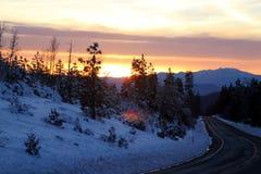 Άποψη ηλιοβασιλέματος από το δρόμο Shasta στη ημέρα των Χριστουγέννων Στοκ Φωτογραφία