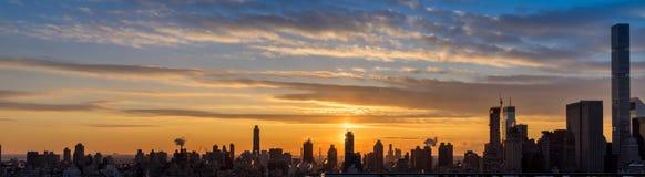 Άποψη ηλιοβασιλέματος του ορίζοντα πόλεων της Νέας Υόρκης Στοκ εικόνες με δικαίωμα ελεύθερης χρήσης