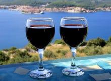 Άποψη θάλασσας κόκκινου κρασιού Στοκ Εικόνες